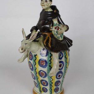 Frate in ceramica fischiante